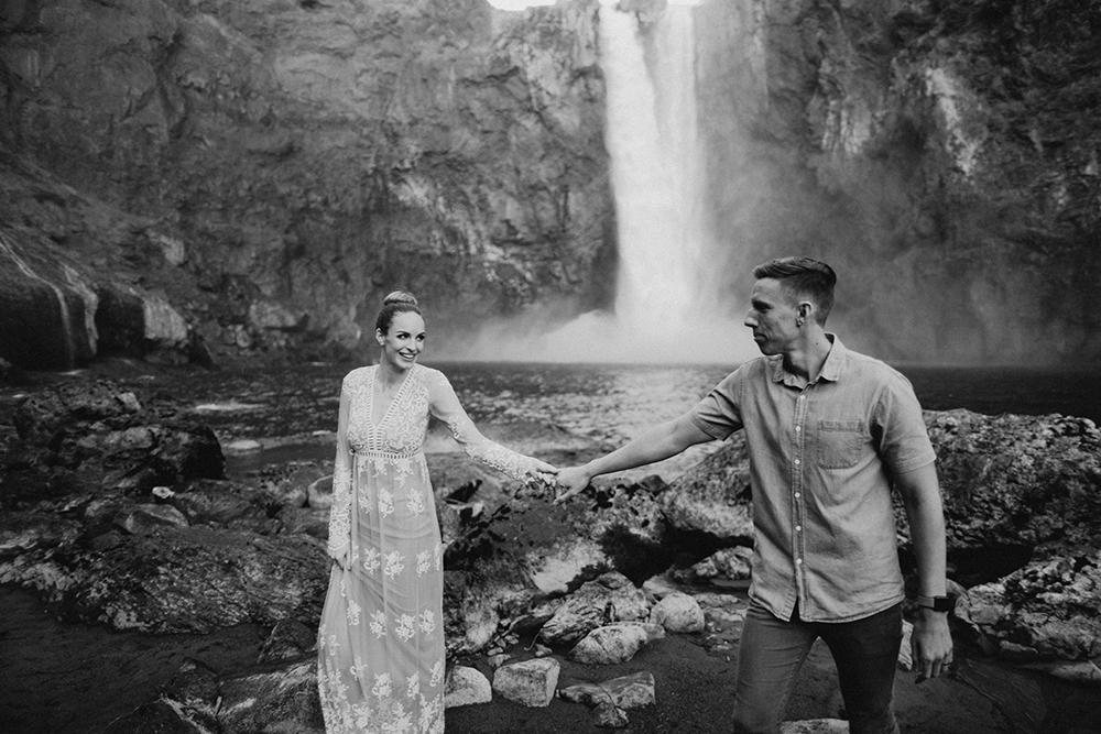 Snoqualmie Falls Engagement Photos50.jpg