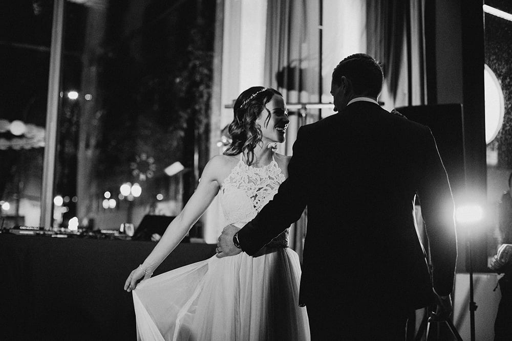 Bluehour Portland Wedding by Alixann Loosle