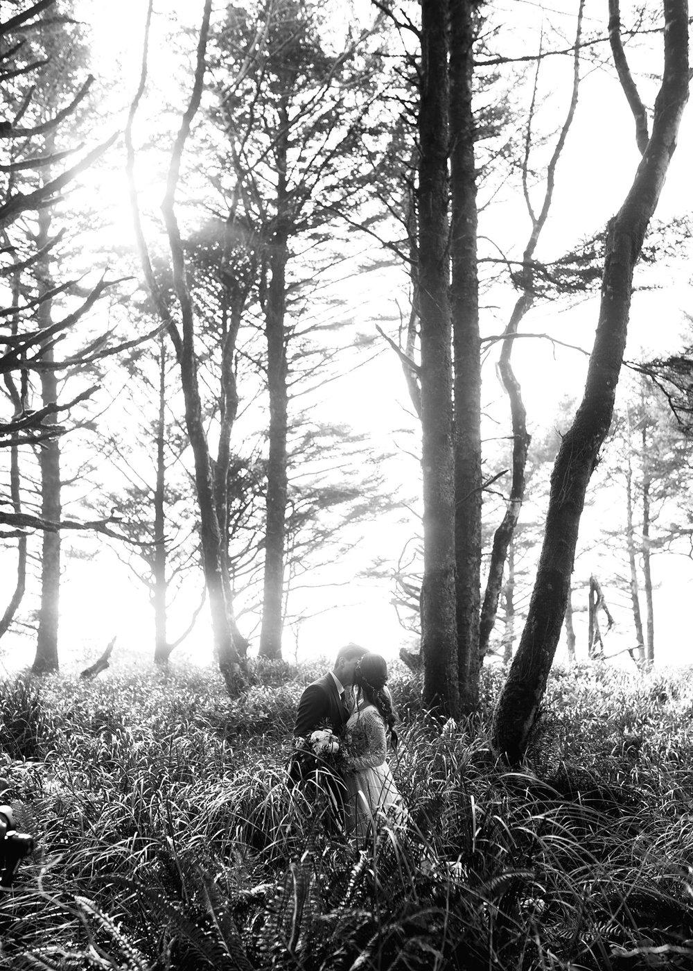 Hug Point Elopement Photos1.jpg