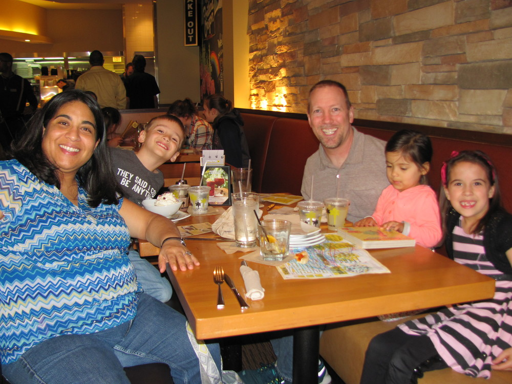 031615 California Pizza Kitchen OTE night 012.JPG