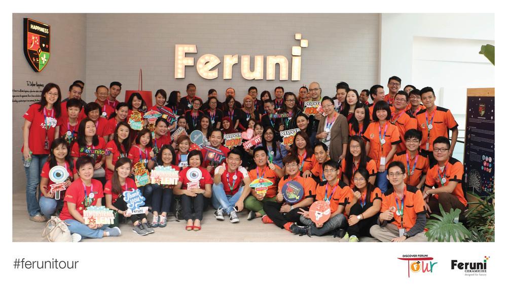 FeruniTour-Group-Photo.jpg