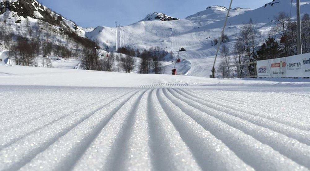 Første skidagane er unnagjort i Fjellhaugen Skisenter