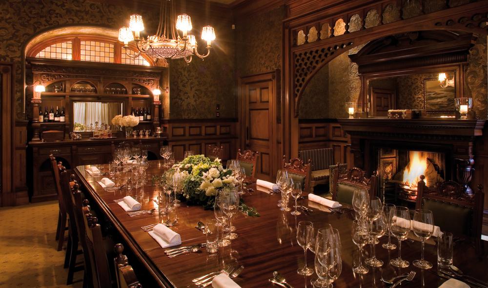 dining_room_lo.jpg