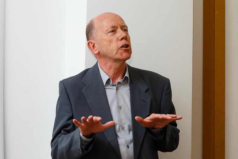 Professor Peter Brown (University of Kent, Paris Centre).