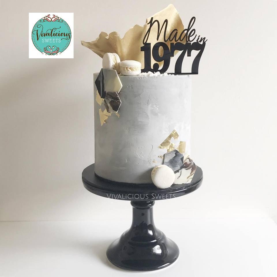 made-in-1977-cake-topper-n1.jpg