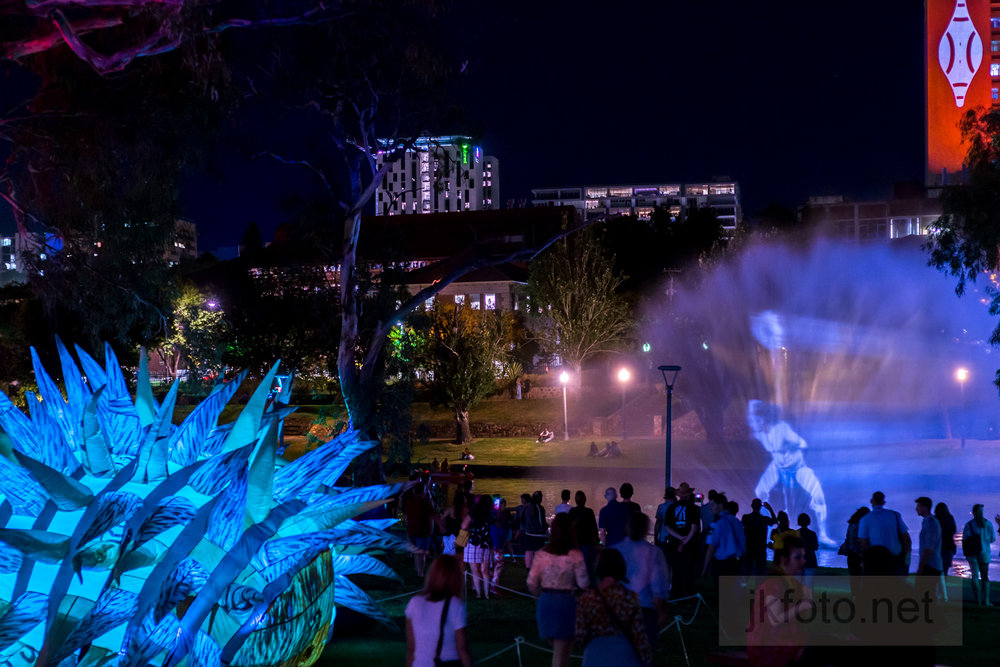 2019 fringe yabarra lightsDSC_4370_.jpg