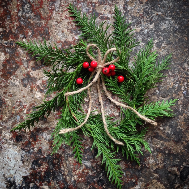 Campbell Studios Mini-Cedar Wreath