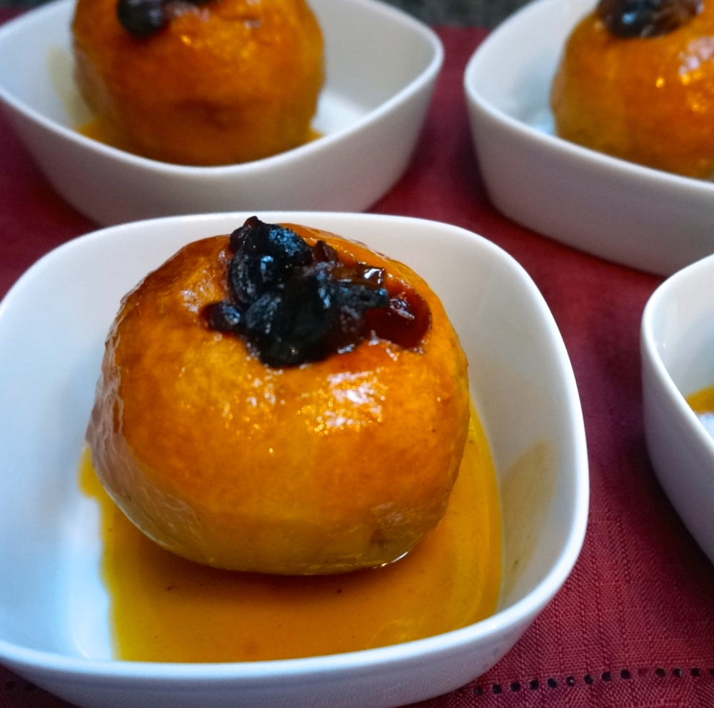Baked Apples with Dried Fruit and Jam