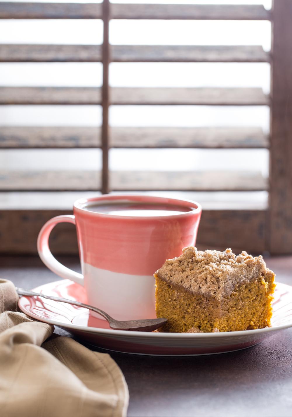 pumpkin crumb cake.jpg