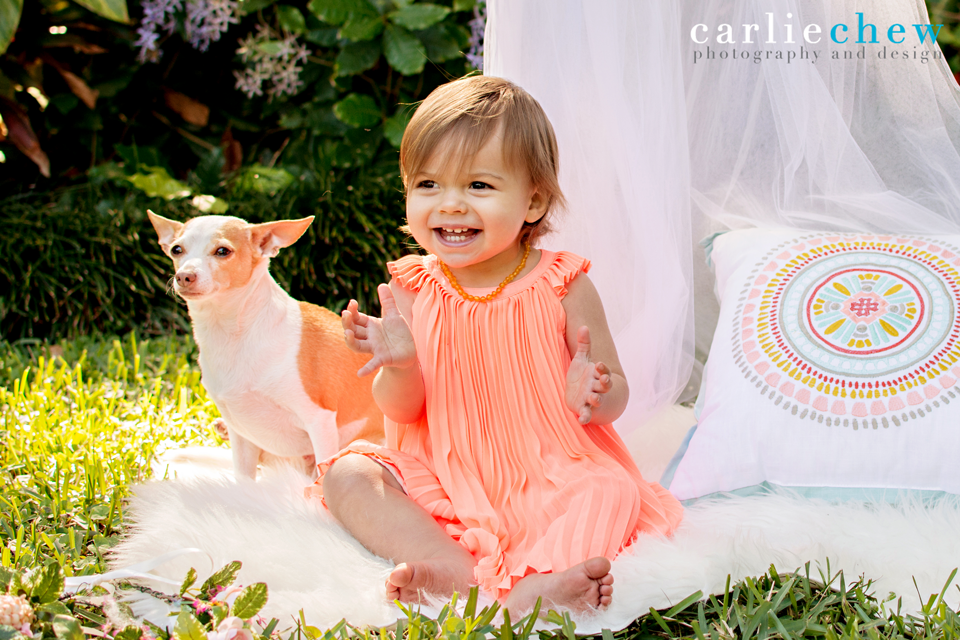 Mommy and me mini session in South Tampa, Florida with family photographer Carlie Chew Photography