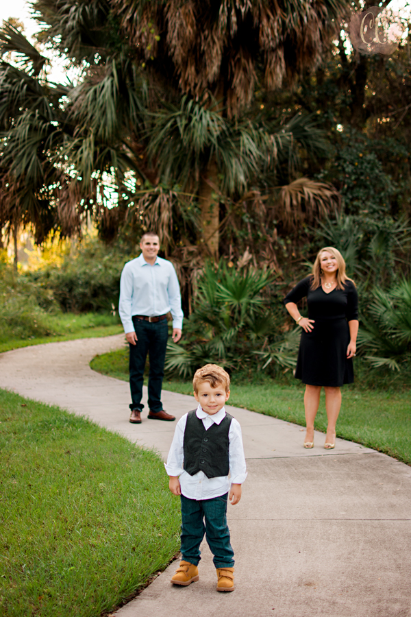 Mini session photography at Fishhawk Ranch in Lithia, Florida taken by family photographer Carlie Chew Photography