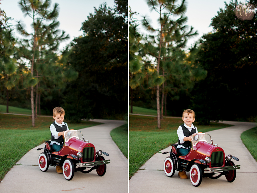 Mini session photography in red wagon at Fishhawk Ranch in Lithia, Florida taken by child photographer Carlie Chew Photography