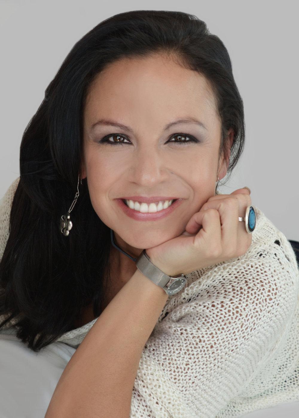 Lucia Casanovas, Independent consultant