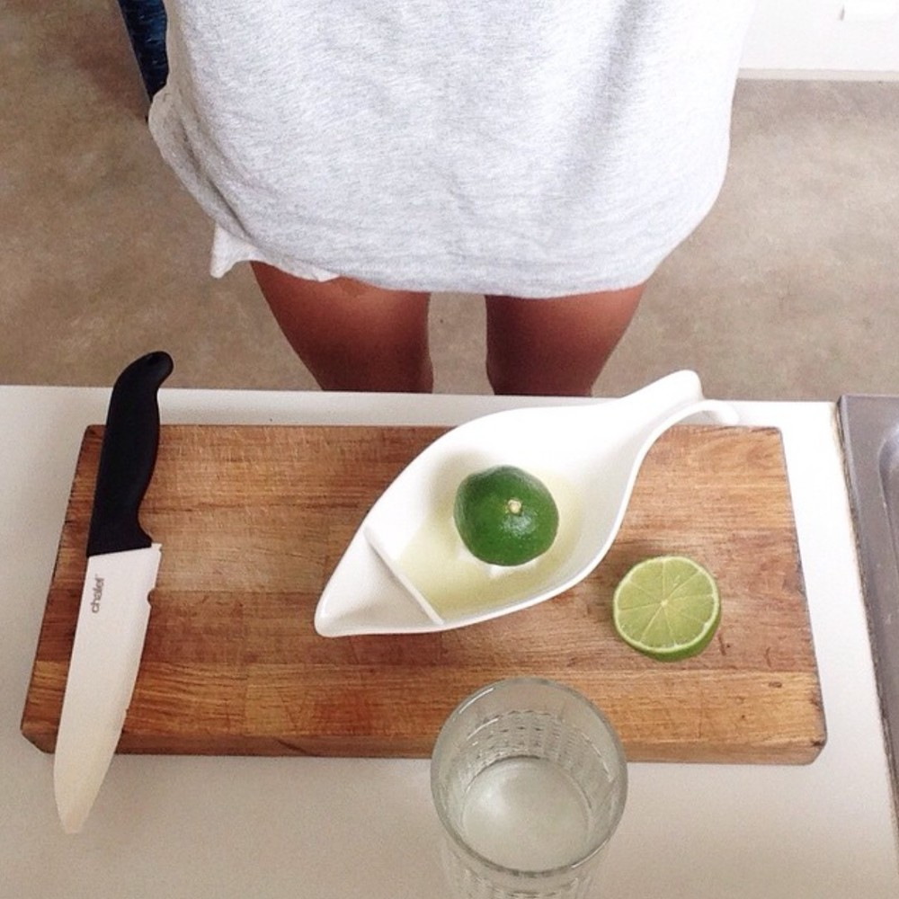 Starting the morning with fresh lime or lemon in purified water alkalises the body and kick starts digestion. It's a great morning habit to get into.
