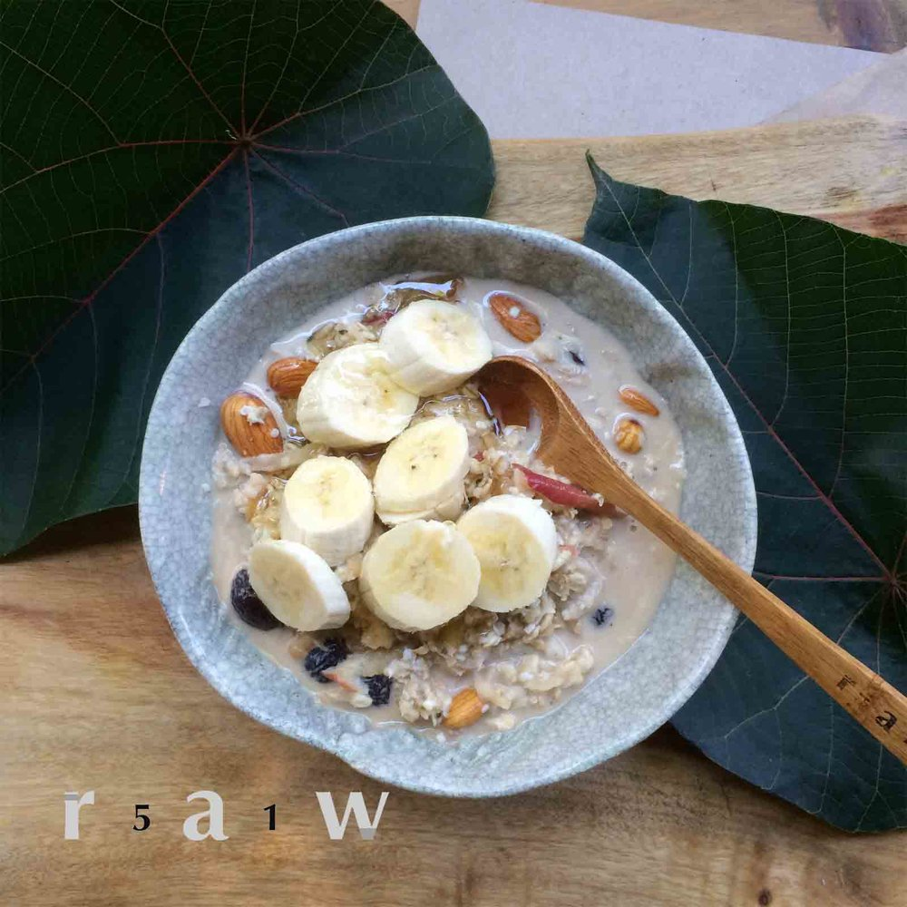 51raw.com-raw-food-diet-bircher-muesli.jpg