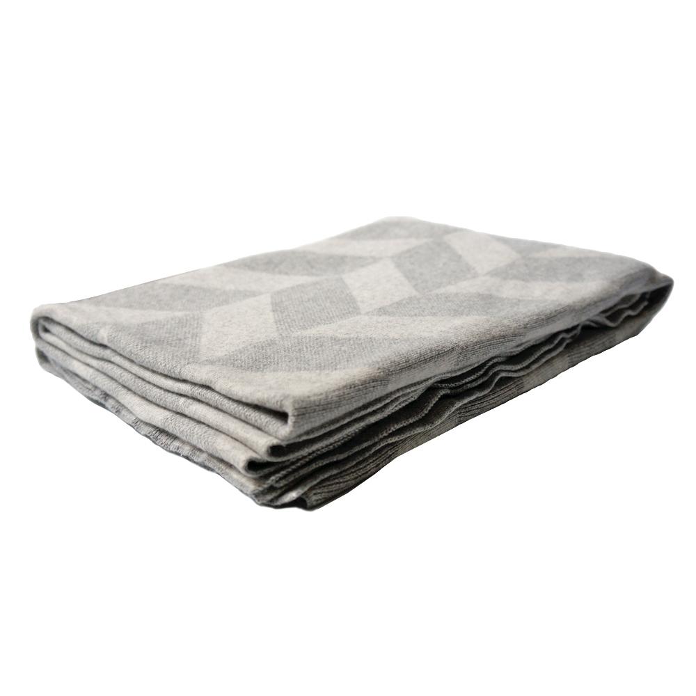 Blanket-Grey_n.jpg