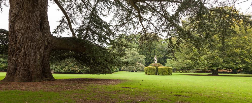 mapledurham-house-grounds