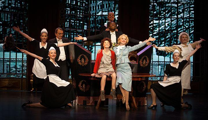 Audtion til Annie - Annie har premiere på Folketeateret 27. september 2013