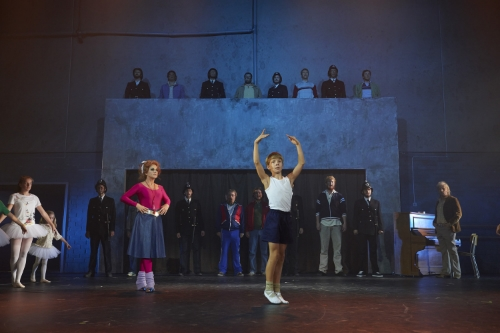Billy_Elliot_scenefoto_DSC_6361.jpg