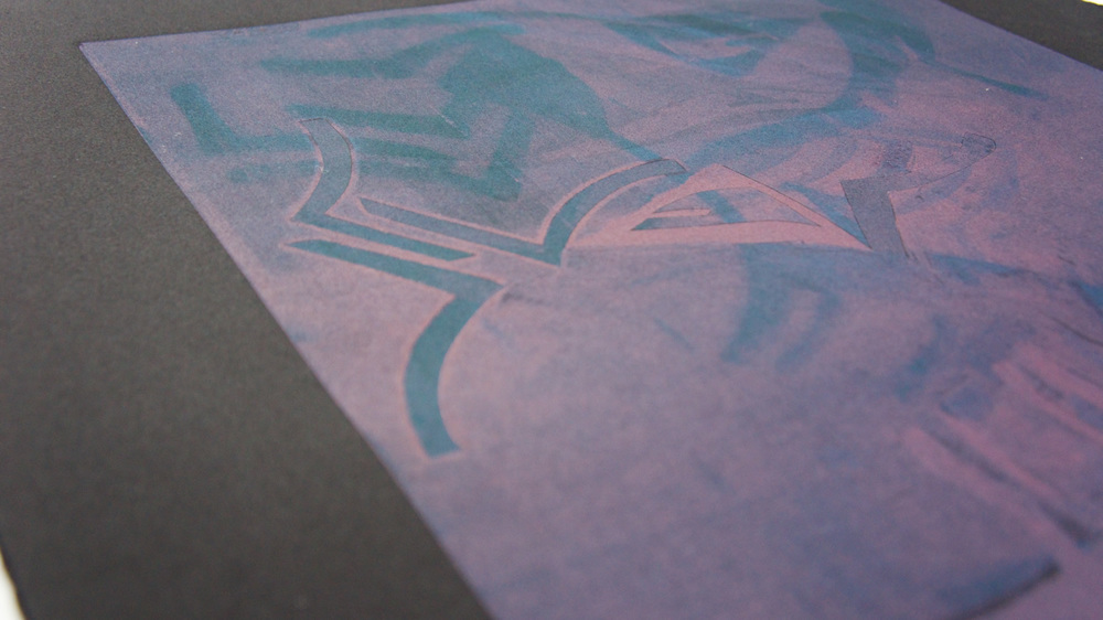 prints_gryphon_1500x843_corner_05.jpg