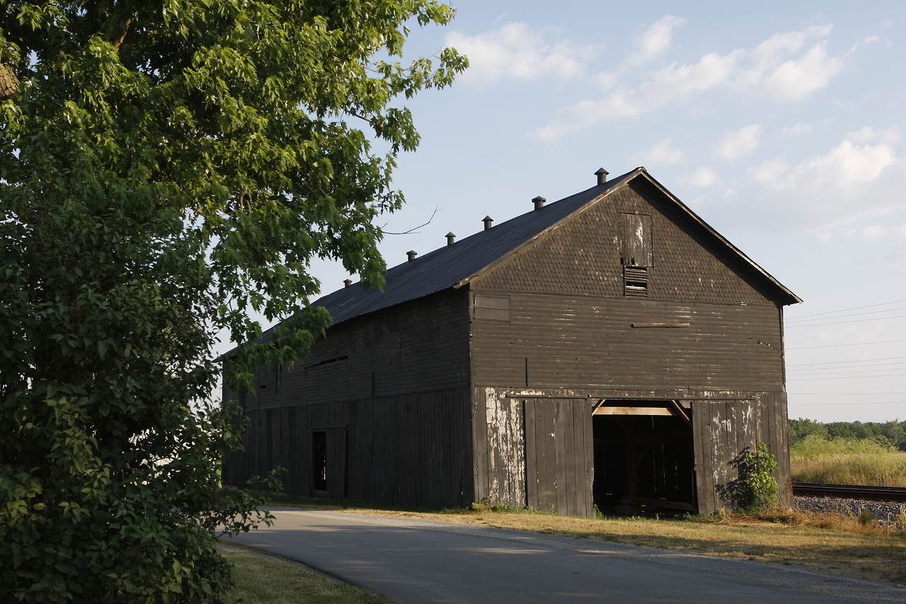 Turn of the century barn.   Turkey to tobacco.   Destroyed by arson 2008.   Today, phoenix of Boyd's Station.