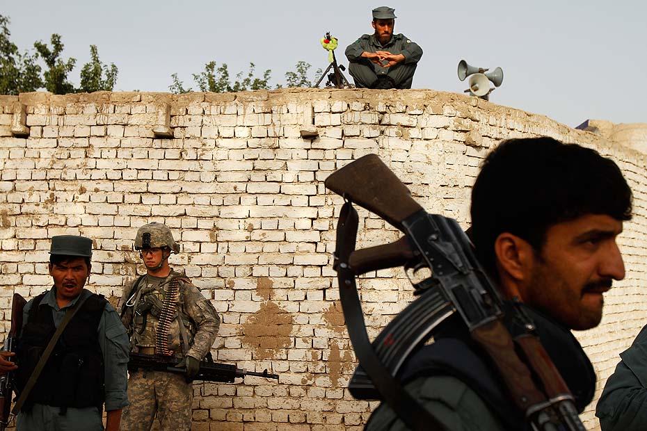 15-loomis-afghanistan-20101.jpg