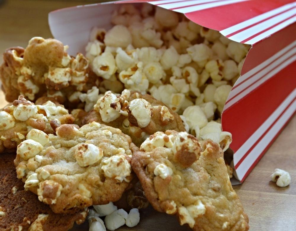"""Oscar-Winning"" Popcorn Cookies-Famous Fridays"