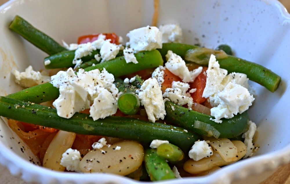 Green Beans with Tomatoes, Onions, Butter Beans and Feta