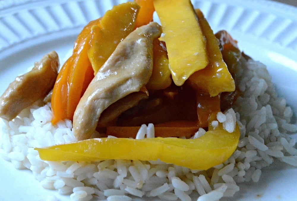Mango Chicken and Peppers Stir-Fry