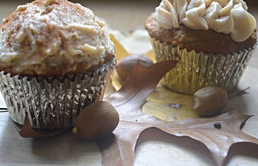 Flavorful's Apple Spice Cupcakes with Brown Sugar-Cinnamon Buttercream