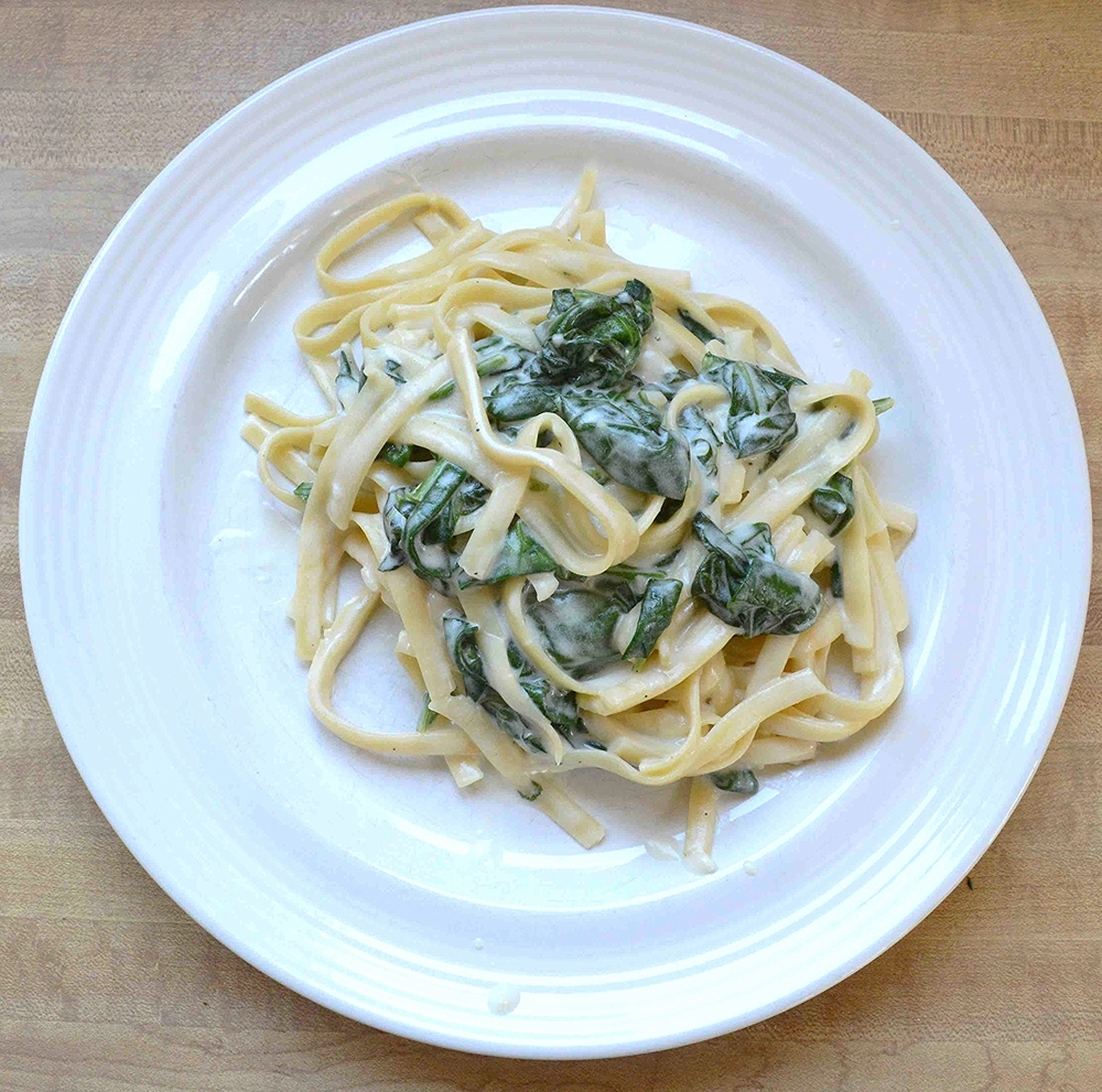 Quick and Light Spinach Fettucine