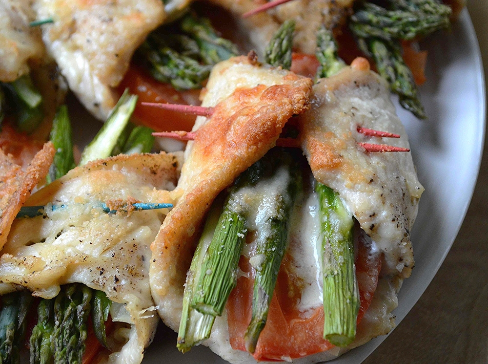 Chicken, Asparagus and Tomato Roll-Ups