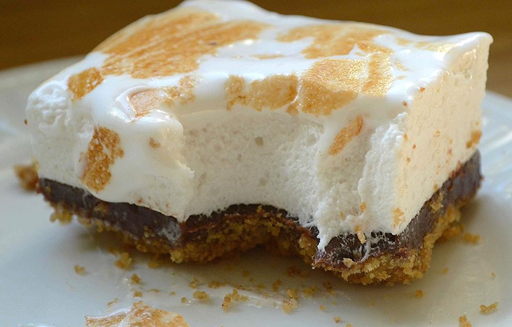 Homemade Marshmallow Overloaded S'mores Bars