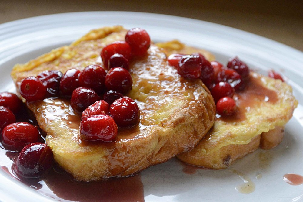 Huckleberry's Vanilla French Toast with Brown Sugar-Cranberry Sauce