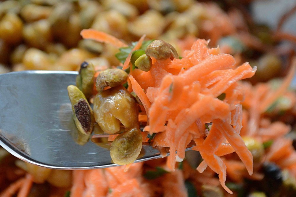 Smitten Kitchen S Every Day Carrot Salad With Tahini Crisped
