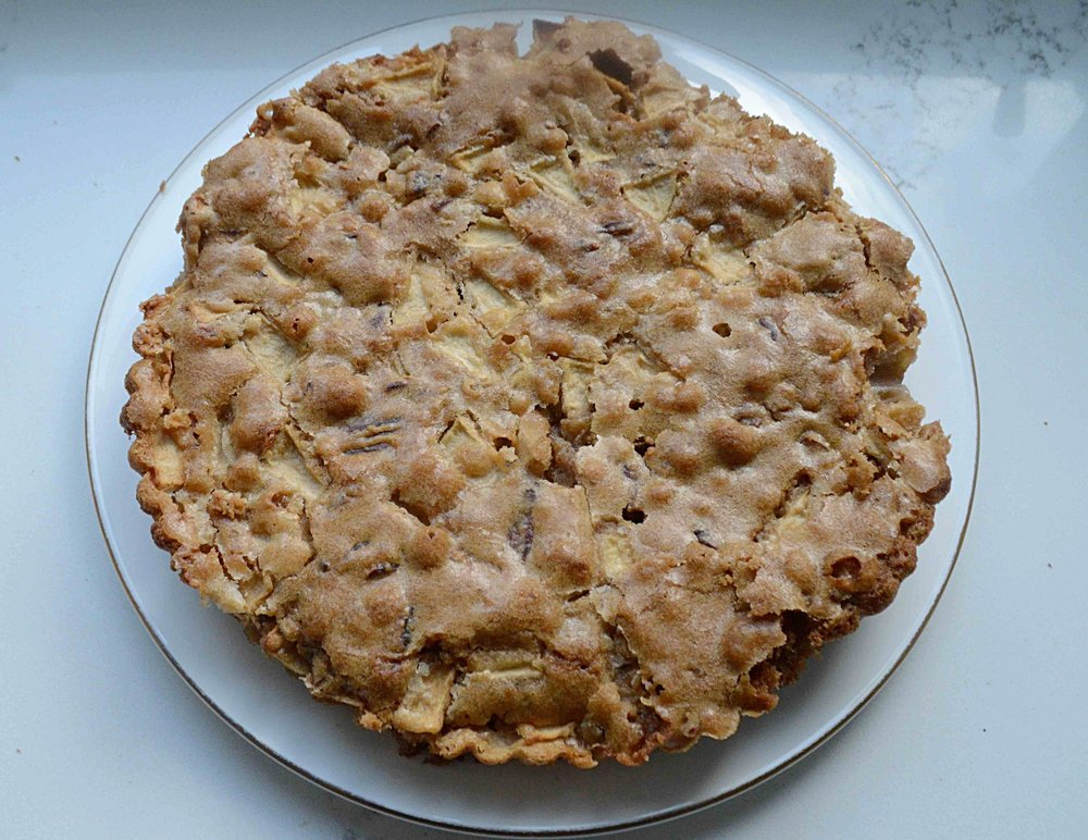 Chewy Apple Cake
