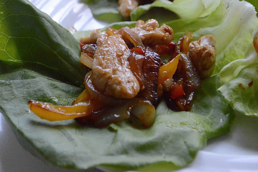 Chicken, Pepper and Onion Lettuce Wraps
