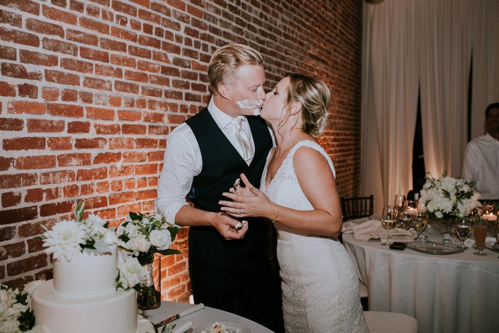 kelly&zach_married162932.jpg