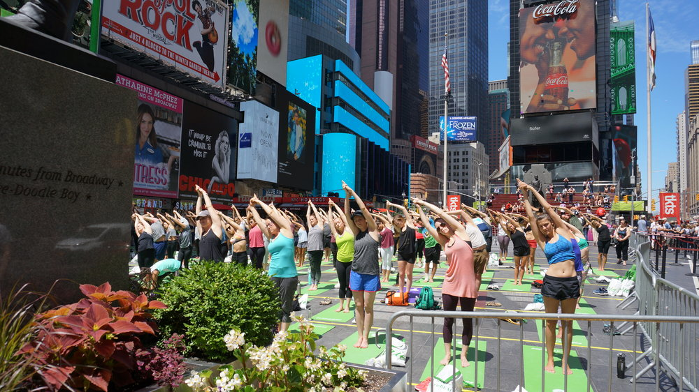 【Tiger Party 新聞稿圖片07】#AerieREAL夏至瑜珈宣傳活動.JPG