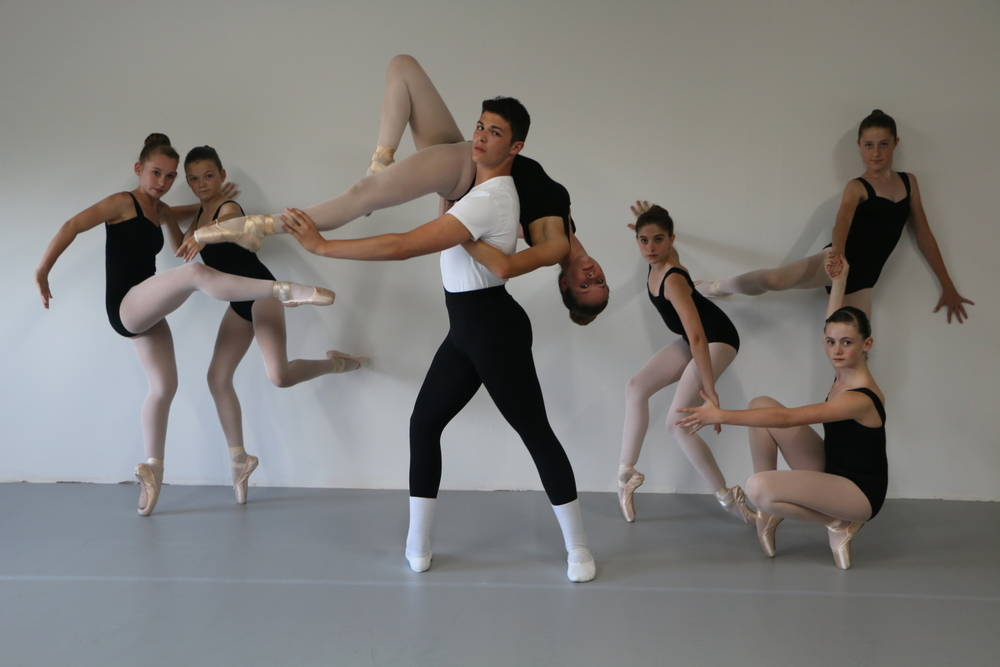 Advanced students of the Henry Academy Tour Dance Companies