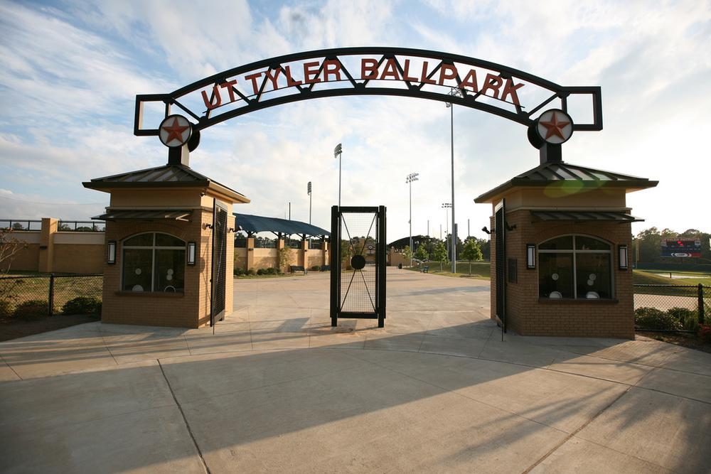 UT Tyler Baseball 2.jpg