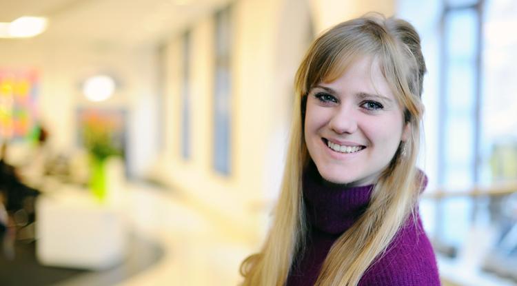 Zoe Ingenhagg3_bio_photo.jpg