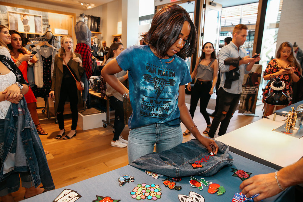Bustle + American Eagle Denim Event