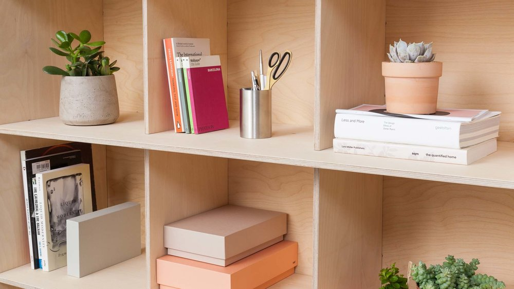 opendesk_furniture_fin-planter-bookshelf_product-page_gallery-images-Shot1-1386_v01.default.jpg