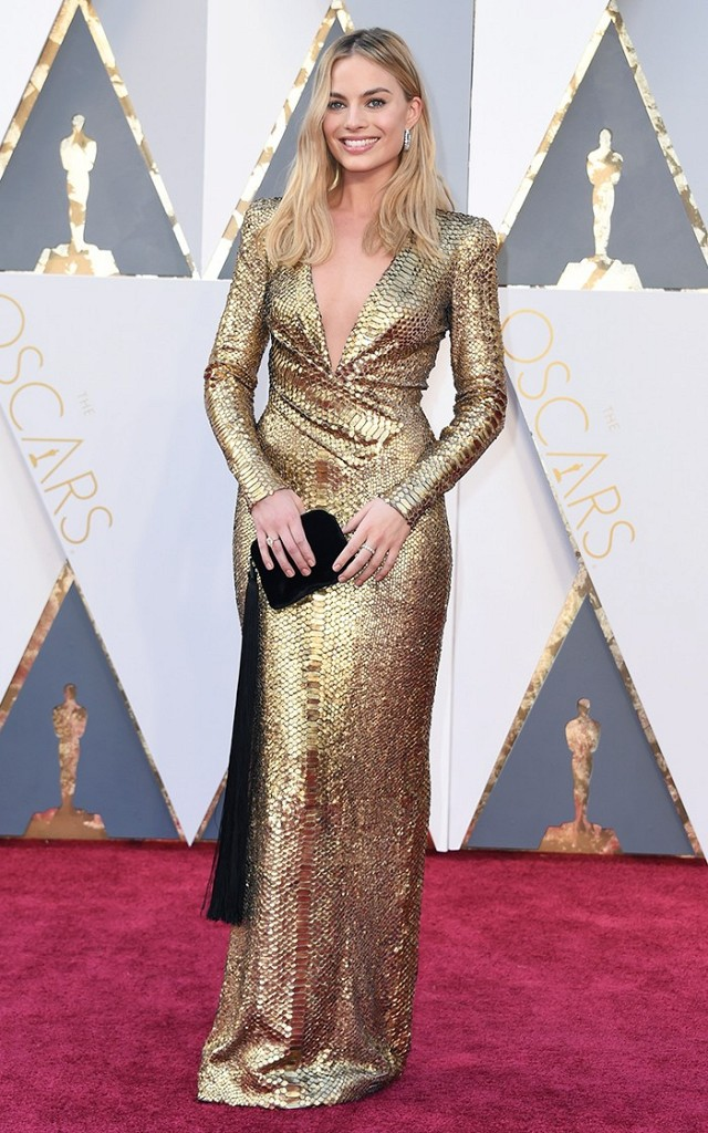 the-oscars-red-carpet-looks-everyone-is-talking-about-1677201-1456705901.640x0c.jpg