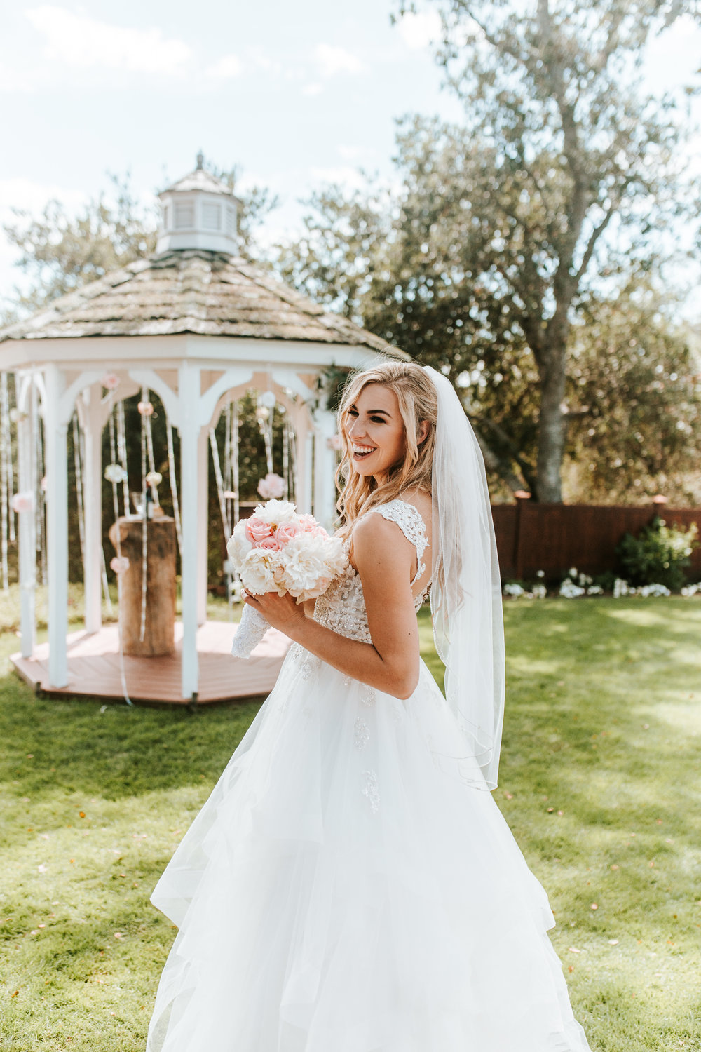 Clarisse-Rae-Southern-California-Wedding-Photographer-Bridal-Bouquet-Inspiration-2