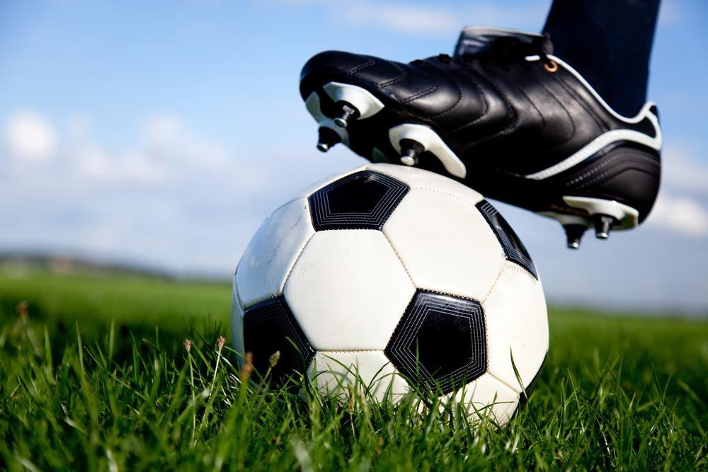 futbol middle.jpg