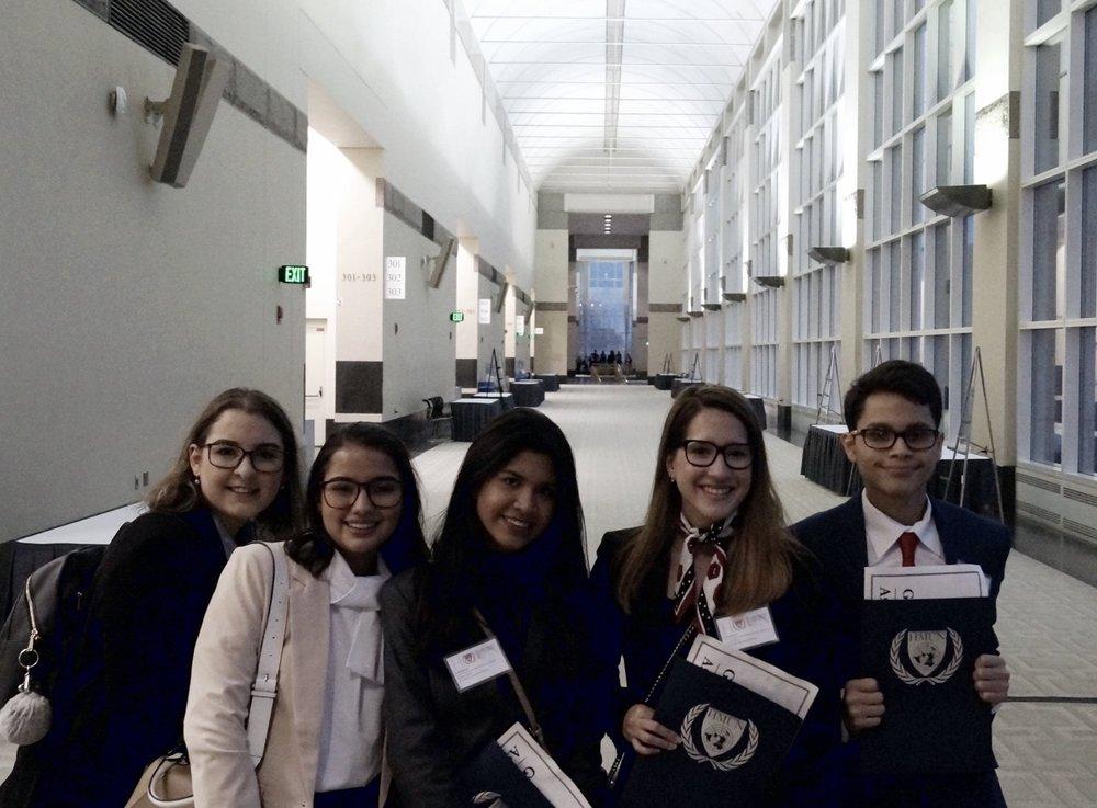 DelCampo School Delegates 2019 -   Marcella Pineda, Daniella Bevan, Dulce Pinto, Nathaly Sánchez, José Gonzales