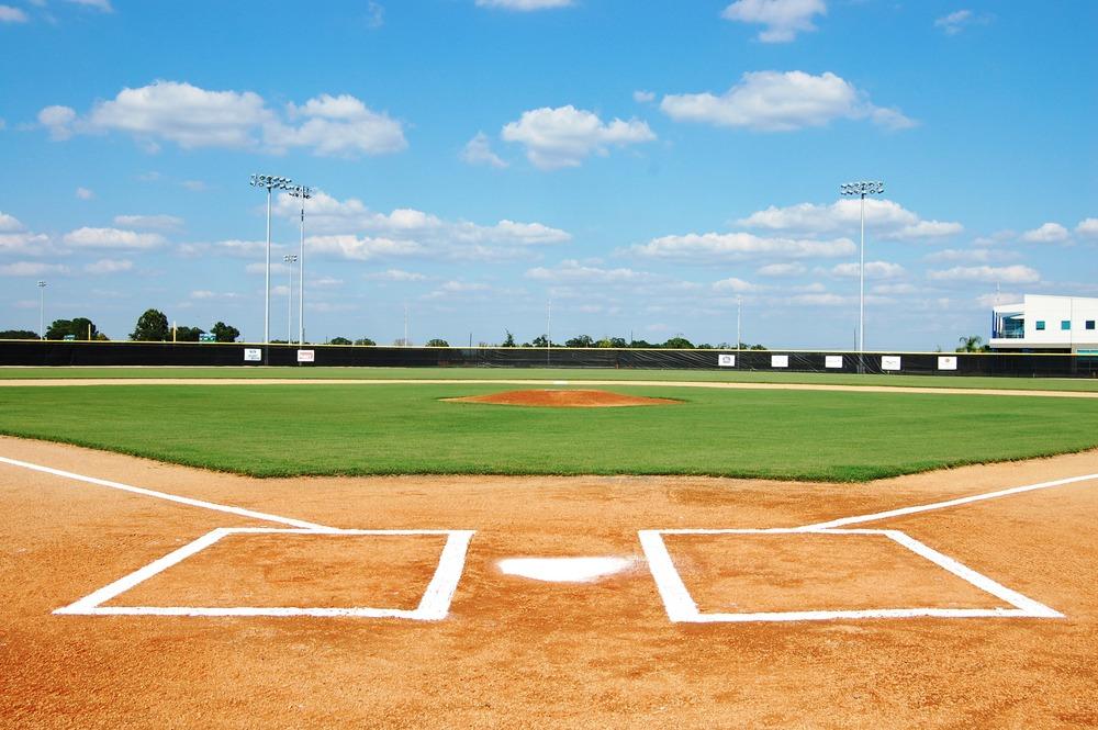 baseball-field-wallpaper2.jpg