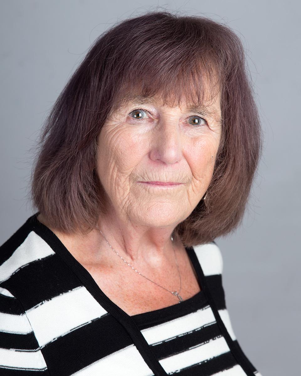 Maureen Holmes